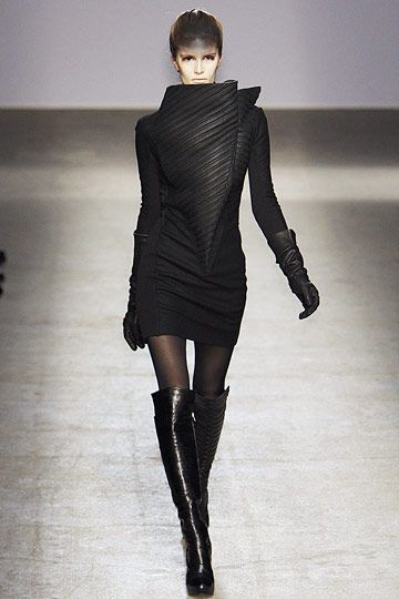 Futuristic Clothing, Future Fashion, Futuristic Style, Gareth Pugh