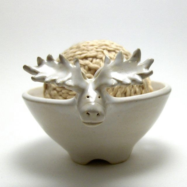 Moose Shaped Ceramic Yarn Bowl.