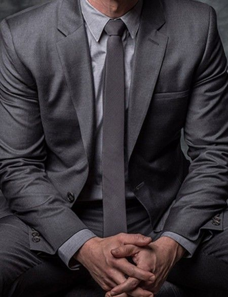 Ben McKenzie Suit ON SALE - Our professional designers have constructed this using the premier quality of material and combining it with their ingenious skills.