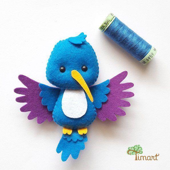 Apostila Digital - Beija-flor - Versão Pocket em feltro. Fácil confecção. Adquira a sua na loja oficial (clique em visitar ou acesse www.timart.com.br) :::::::::::: Pattern PDF, to make in felt. Vectored templates! Use to make souvenirs, pencil tips, fingertips, and more! Get yours in the official store: www.timart.com.br #feltanimalspatternstemplates