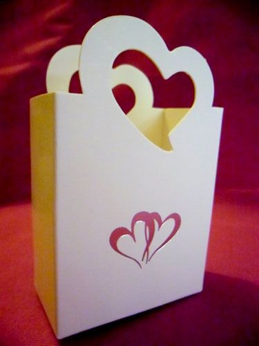 Silver Double Heart Favour Box http://www.aussieweddingshop.com.au/Product/113/silver-double-heart-favour-box