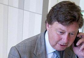 23-Jan-2014 14:14 - OFFERMANNS KRIJGT 120 UUR TAAKSTRAF. Oud-burgemeester Ricardo Offermanns heeft donderdag van de rechtbank in Rotterdam 120 uur taakstraf gekregen voor passieve ambtelijke omkoping.