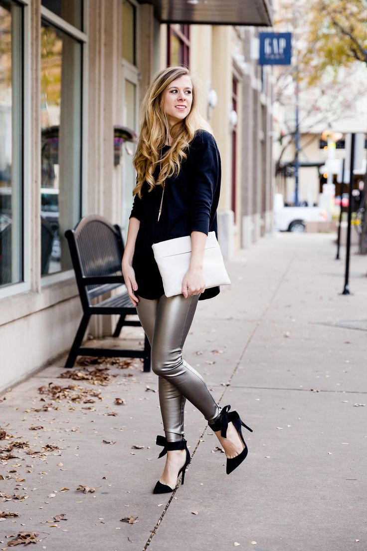 I love the variety The Sak leather bags have, and the ones that I chose fit my style and personality perfectly!