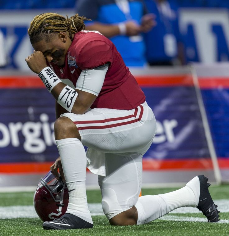 Alabama Football 2017 Game One vs FSU Alabama quarterback Jalen Hurts (2) prays for Houston during the first half of the Alabama vs. Florida State football game, Saturday, Sept. 2, 2017, at Mercedes-Benz Stadium in Atlanta. Vasha Hunt/vhunt@al.com