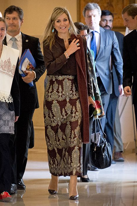 Queen Máxima of the Netherlands tours Pakistan in traditional wear - Photo 1