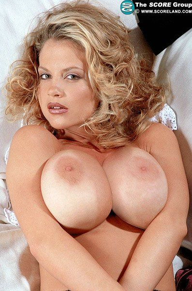 Candy Connelly 08 | Busty Babe Photo