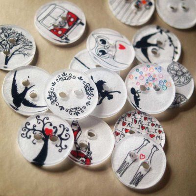 Bonkers About Buttons: Tutorial Tuesday - How to make personlised Buttons from shrinkback plastic
