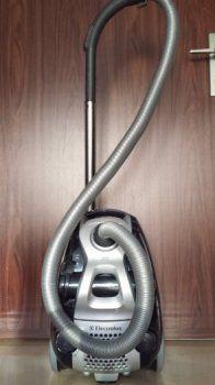 predám Electrolux Cyclone XL ZCX 6201 z polovičnú cenu