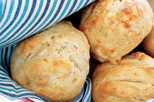 Peppered camembert dampers Recipe - Taste.com.au Mobile