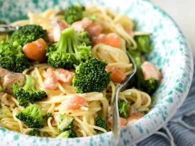 Spaghetti carbonara met zalm en broccoli