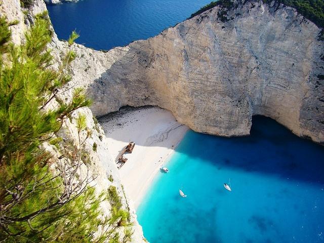 Nauagio beach - Zakynthos by Manolis Thr