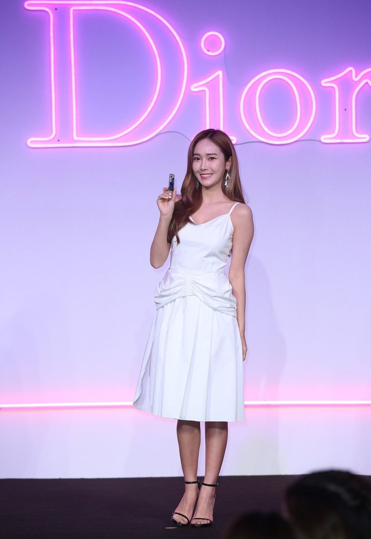 Jessica 170217 Dior Addict Lacquer Launch Party in Taipei Cr 聯合新聞網