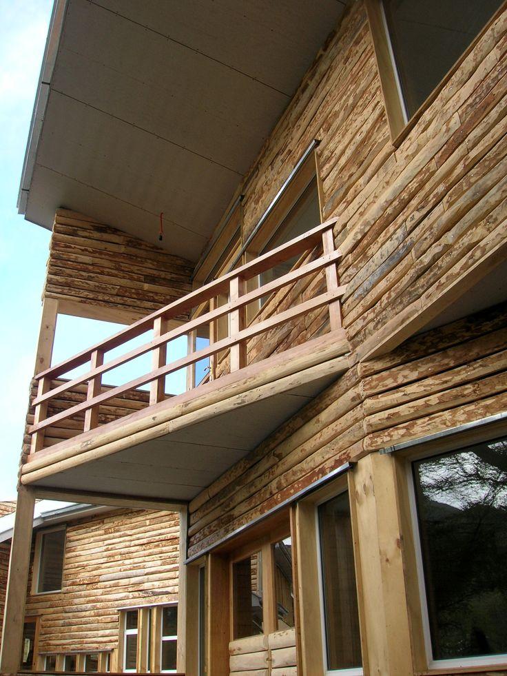 Albergue Central Torres. Parque Nacional Torres del Paine, Región de Magallanes 2007. Harley Benavente, patricia Jiménez, Alberto Gómez, arquitectos.
