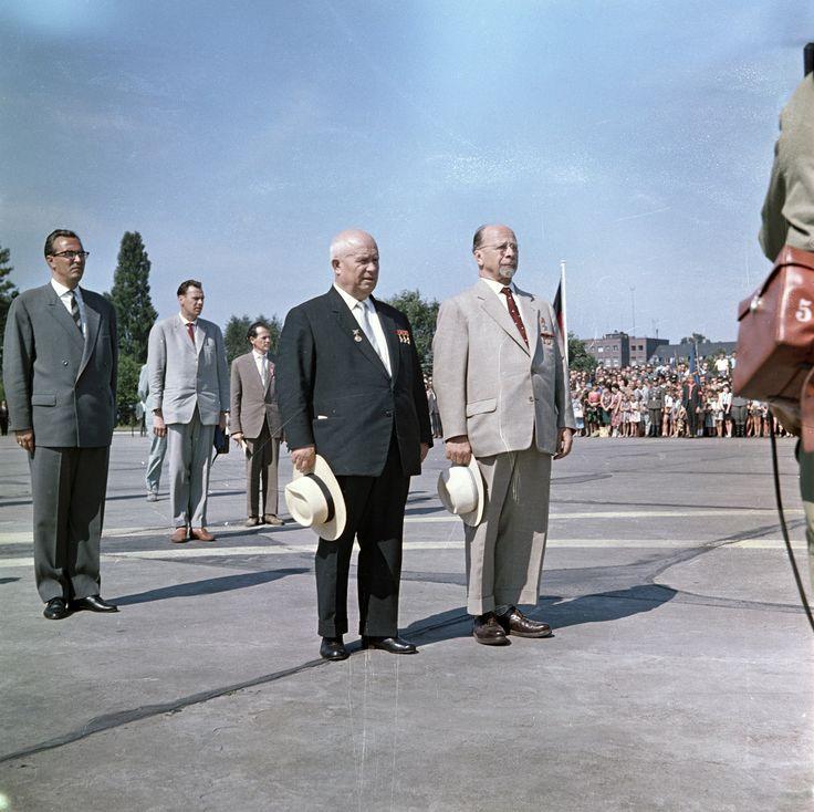 Besuch des sowjetischen Staatschefs Nikita Chruschtschow in Ost-Berlin