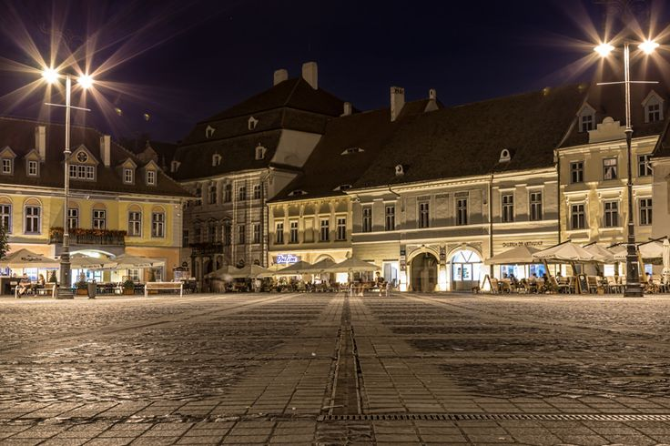 Sibiu by Night www.pinkcarryon.com