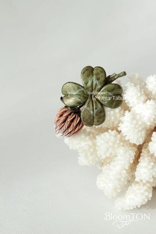"""Купить Клевер из кожи. Брошь """"Nature"""" - русское поле, полевые цветы и травы, деревня, природа"""