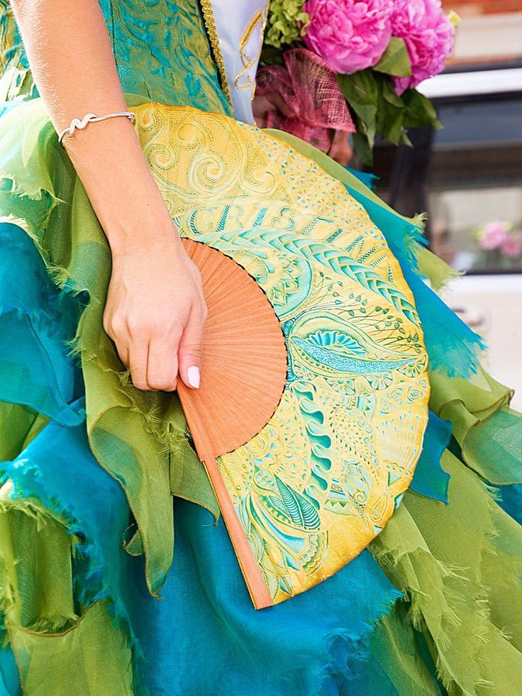 Abanicos pintados a mano. Sábanas de cuna y cama personalizadas. Camisetas, y textiles tuneados. Artesanía @todo-color