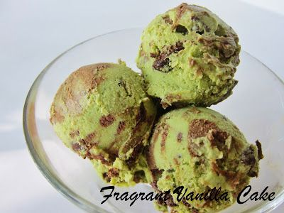 Fragrant Vanilla Cake: Raw Grasshopper Ice Cream