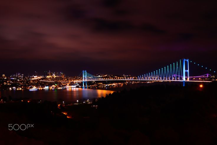The bridges of Istanbul - The Bosphorus Bridge / Istanbul