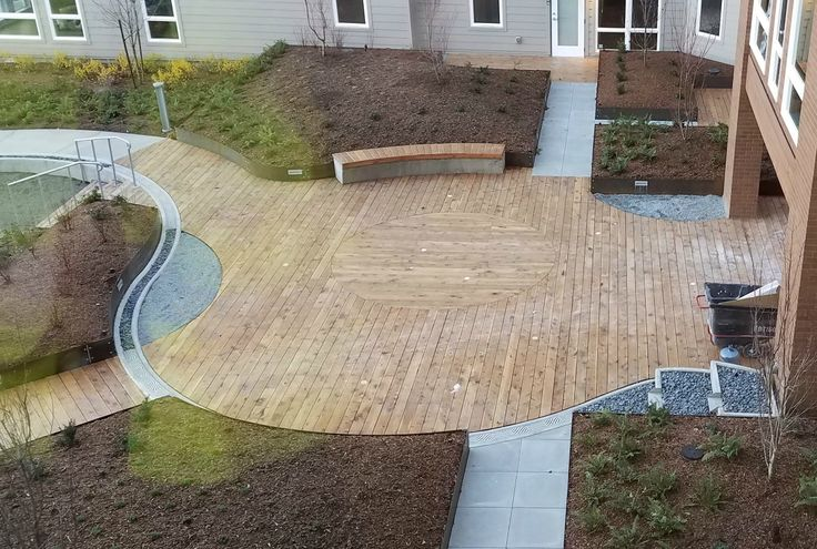 Landscape Timbers Portland Or : Amazing juniper deck at the atlas apartments in issaquah wa love