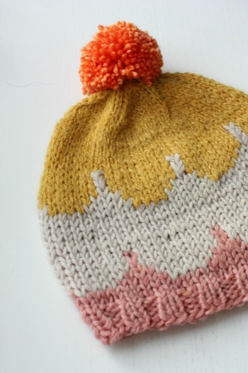 Scallop Knitting Pattern : scallop knit bobble hat knit Pinterest