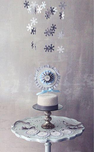 diy snowflake chandelier