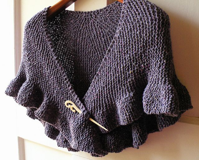Knitting Pattern For Kate Middleton s Shawl : Maxinedaleys In Memory of Helen Shawl (using Eyre of Romance Jane Shawl ...