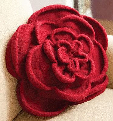 Knitting Pattern for Rose Pillow or Purse - 2 patterns in one for knit and felted pillow or purse. tba flower
