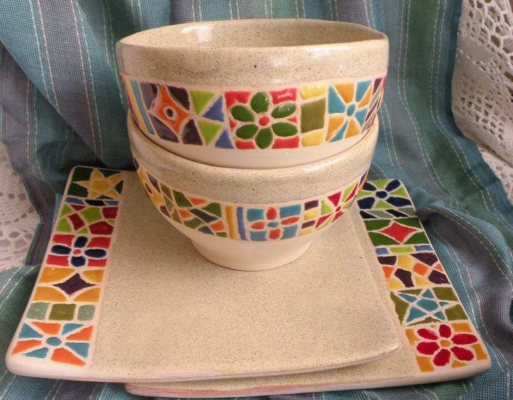Cerámica artesanal argentina pintada a mano. País: Argentina. Objetos: Cuencos y platos cuadrados. OLIMPIA <3