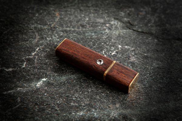 Memory USB stick  with IPE wood zircon crystal 6mm .   8 Gb