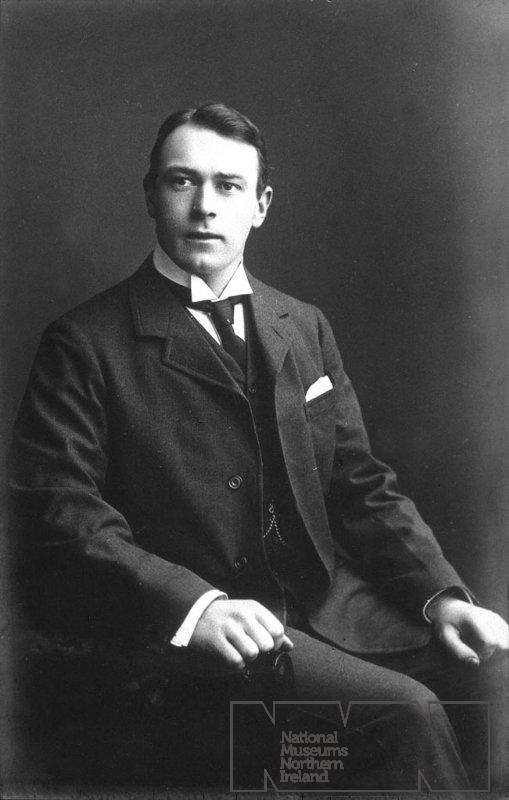 Titanic, Thomas Andrews THE MAN WHO MADE THE SHIP OF DREMS BECOME REAL LIFE