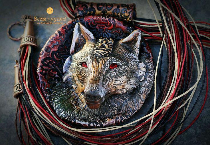 """Купить Лютоволк """"Понимающий всё"""" - лютоволк, игра престолов, волк, красные глаза, бохо, этно"""