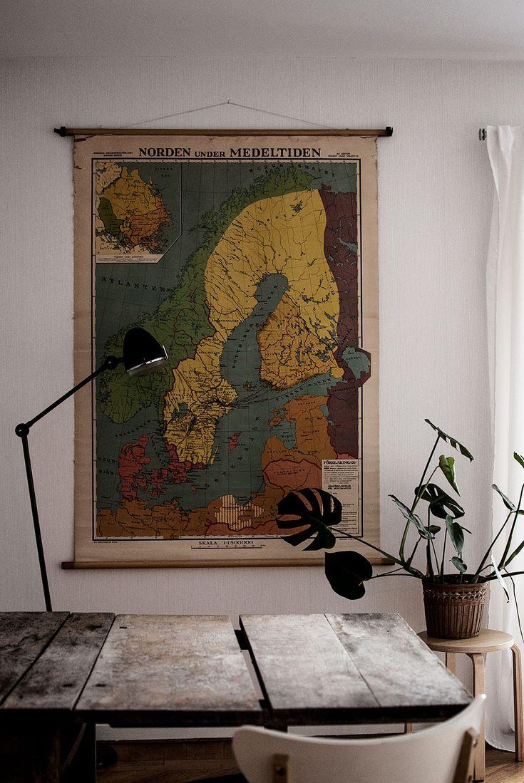 livingroom. big old school poster.