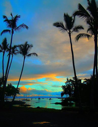Paradise Lagoon, Hilo, Big Island of Hawaii