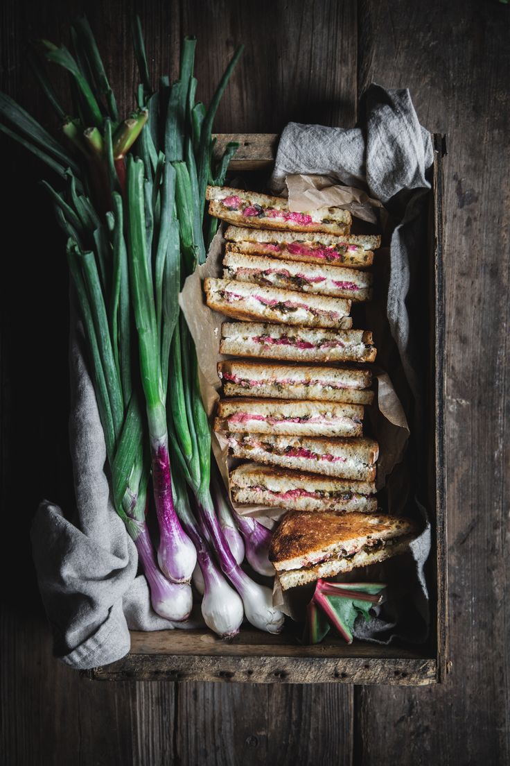 Rhubarb, Chevre, & Caramelized Spring Onion Grilled Cheese http://adventuresincooking.com/2017/05/rhubarb-chevre-grilled-cheese.html