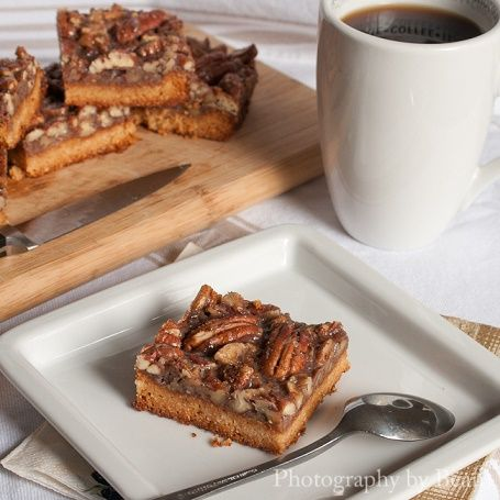 Vegan, gluten and refined sugar free pecan pie bars.