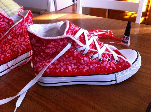 Red and pink snowflake knitted Chucks!