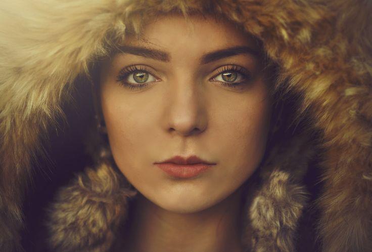 Portrait, green eyes, fur, hood, iris sparkle, fashion actions