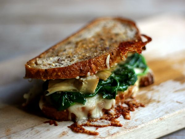 Spinach and Artichoke Grilled CheeseFun Recipe, Grilled Chees Sandwiches, Breads, Spinach, Savory Recipe, Grilled Cheeses, Dips, Cream, Artichokes Grilled
