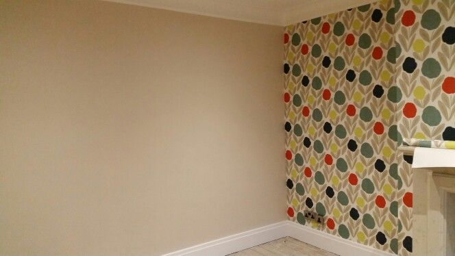 Dulux Natural Hessian And Laura Ashley Serena Wallpaper