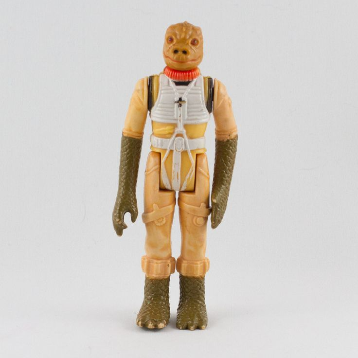Bossk (Bounty Hunter), This vintage Kenner Star Wars Bossk action figure is in great condition and is an excellent addition to any collection. The limbs are very firm, allowing a wide range of poses. There is some minor playwear to the back shoulders and along the chest piece.