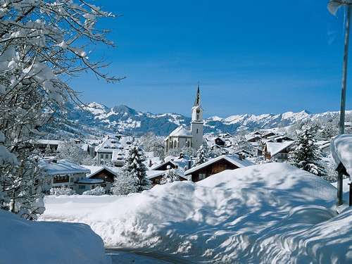 Busreis Kerst in het Beierse Woud  8-daagse kerstreis naar het Beierse Woud (Duitsland) met bezoek aan Passau Regensburg en Arnbruck  EUR 489.00  Meer informatie  #vakantie http://vakantienaar.eu - http://facebook.com/vakantienaar.eu - https://start.me/p/VRobeo/vakantie-pagina