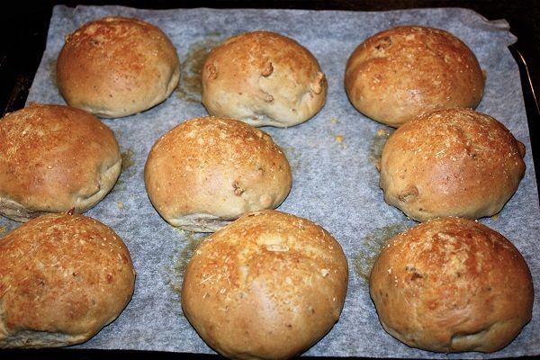img_3755 panini-con-parmigiano-e-noci
