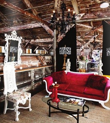 red sofa in a barn style studioLoft Offices, Offices Spaces, Design Interiors, Work Spaces, Living Room, Interiors Design, Red Velvet, Offices Receptions, Chic Office