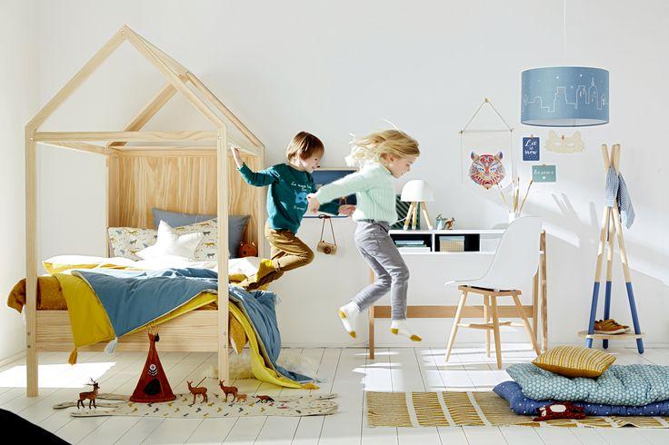 VERTBAUDET - Lit cabane de rêve pour aménager une chambre fille ou garçon.