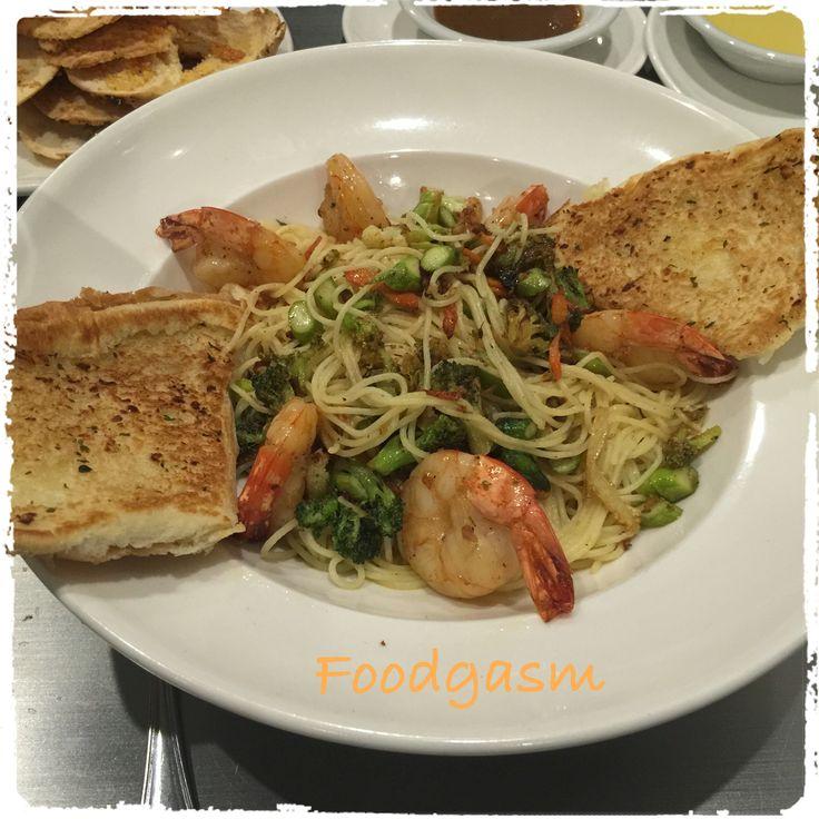 Sunday Dinner Shrimp sautéed with white wine, butter