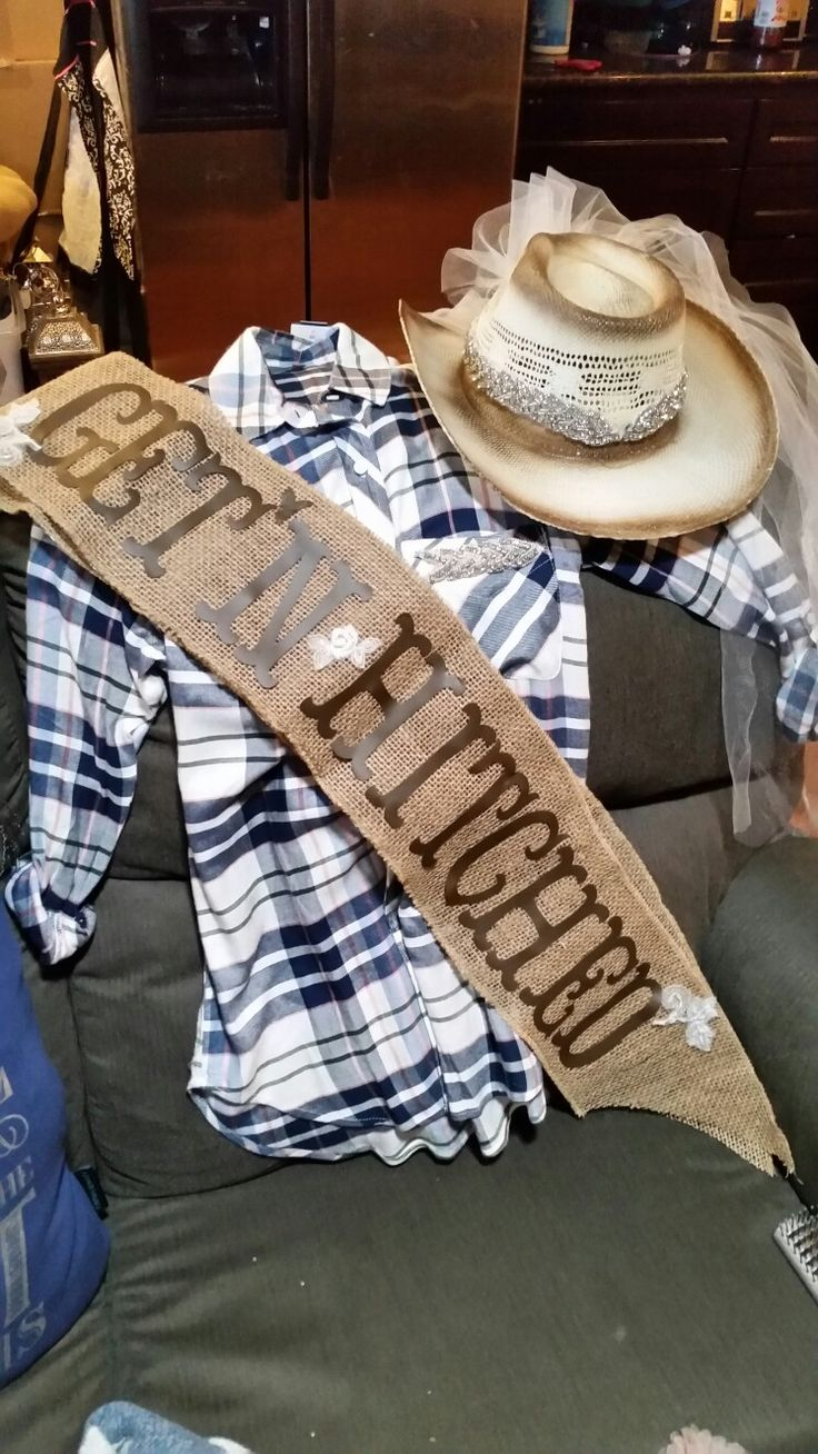 Get'n Hitched cowgirl theme Bachelorette