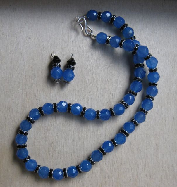 Blue stone (forgotten the name) necklace and earrings