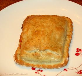 100 Days of Gluten Free Recipes: Gluten Free Pizza Pockets Calzone Recipe