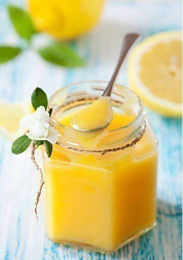 ЛИМОННЫЙ ЗАВАРНОЙ КРЕМ. ИНГРЕДИЕНТЫ:4 лимона4 яйца200 г сахара50 г сливочного маслаПРИГОТОВЛЕНИЕ:Снимите с 2-х лимонов цедру и из них и еще 2-х лимонов выдавите. Смешайте полученный сок с сахаром, добавьте цедру.Взбейте …